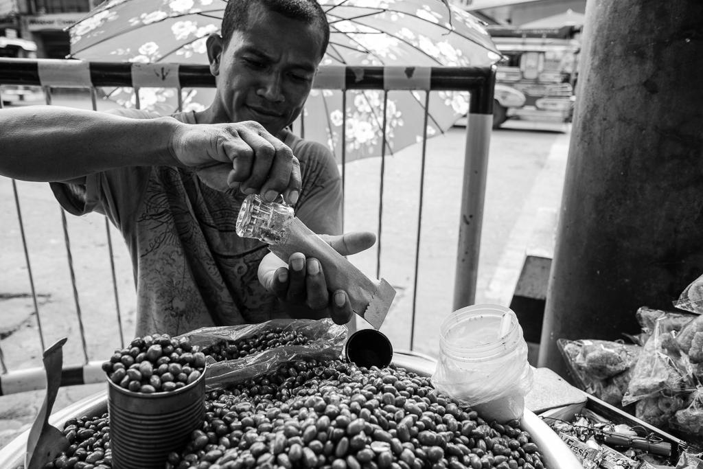peanut vendor
